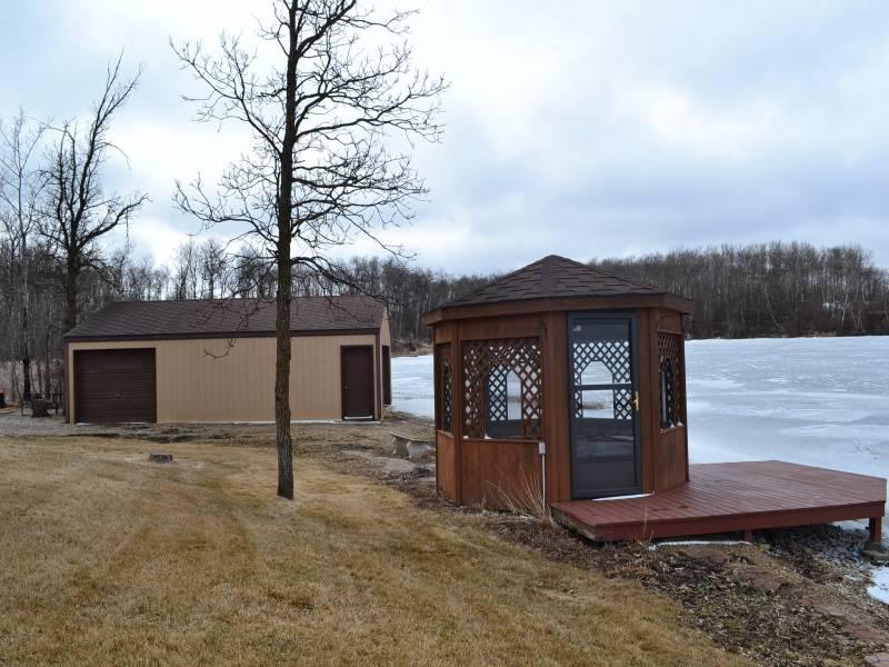 #2 Long Lake South,Bottineau,North Dakota 58318,4 Bedrooms Bedrooms,3 BathroomsBathrooms,Long Lake South,1129