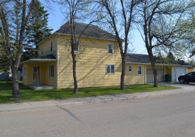 210 1st Street,westhope,North Dakota 58793,4 Bedrooms Bedrooms,2 BathroomsBathrooms,Land,1st Street,1143