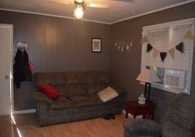 2 Bedrooms, Residential, For Sale, 1 Bathrooms, Listing ID 1152, Bottineau, North Dakota, United States, 58318,