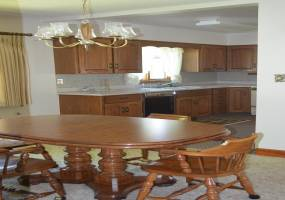 3 Bedrooms, Residential, Sold, 2 Bathrooms, Listing ID 1158, Bottineau, North Dakota, United States,