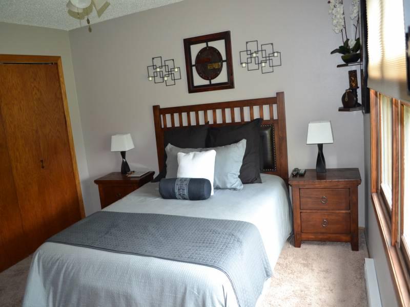 1306 Thompson Street,Bottineau,North Dakota 58318,5 Bedrooms Bedrooms,2.5 BathroomsBathrooms,Residental,Thompson Street,1229