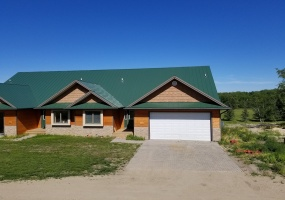 3 Bedrooms, Lake, For Sale, 3 Bathrooms, Listing ID 1243, Bottineau, North Dakota, United States,