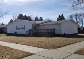 219 12th west,Bottineau,North Dakota 58318,3 Bedrooms Bedrooms,1 BathroomBathrooms,Residental,12th west,1255