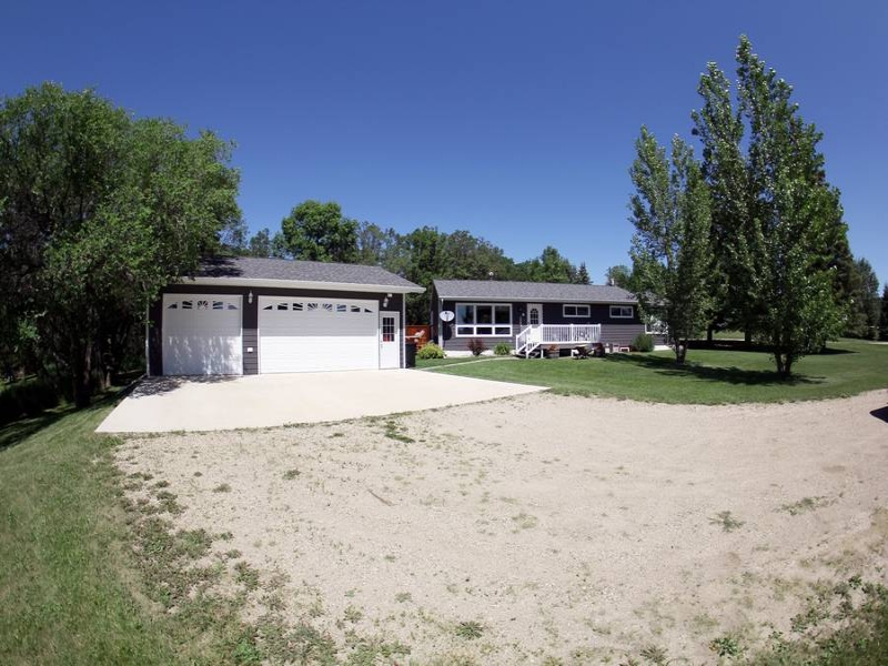 Bottineau,North Dakota,5 Bedrooms Bedrooms,3 BathroomsBathrooms,Residental,1272