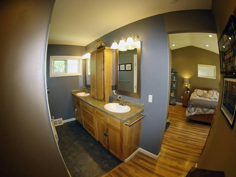 Bottineau,North Dakota,5 Bedrooms Bedrooms,3 BathroomsBathrooms,Residental,1272