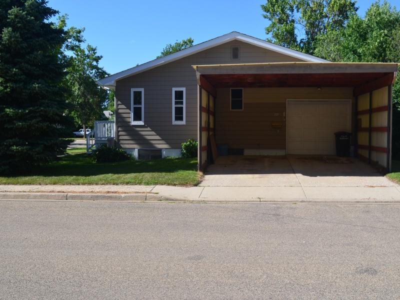 222 7th Street W,Bottineau,North Dakota 58318,Residental,7th Street W,1278