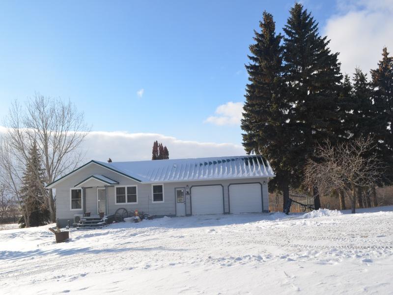 10225 Sjule Road Bottineau,North Dakota 58318,4 Bedrooms Bedrooms,2 BathroomsBathrooms,Residental,Sjule Road,1305