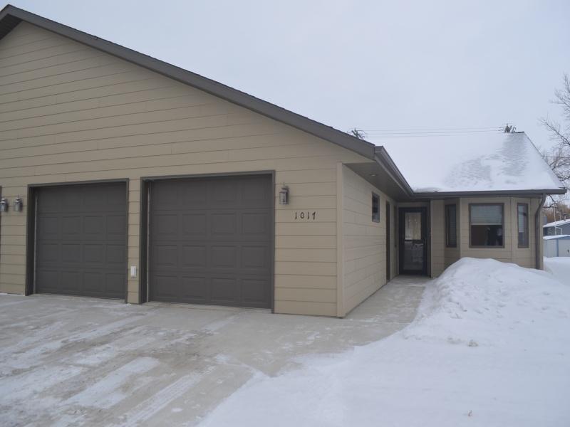 1017 Main Street,Bottineau,North Dakota 58318,Residental,Main Street,1317