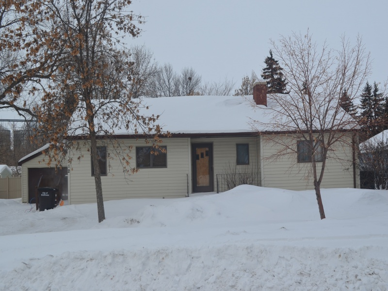 512 Nichol Street,Bottineau,North Dakota 58318,3 Bedrooms Bedrooms,2 BathroomsBathrooms,Residental,Nichol Street,1326