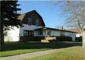 265 2nd Street East,Westhope,North Dakota 58793,4 Bedrooms Bedrooms,2 BathroomsBathrooms,Residental,2nd Street East,1327