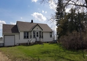 60 International Street,Portal,North Dakota 58772,3 Bedrooms Bedrooms,1 BathroomBathrooms,Residental,International Street,1346