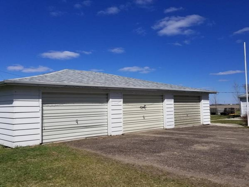 451 Charles Street,Kramer,North Dakota 587848,3 Bedrooms Bedrooms,1 BathroomBathrooms,Residental,Charles Street,1349