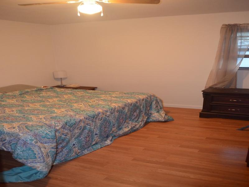 215 4th Street West,Bottineau,North Dakota 58318,2 Bedrooms Bedrooms,1 BathroomBathrooms,Residental,4th Street West,1359