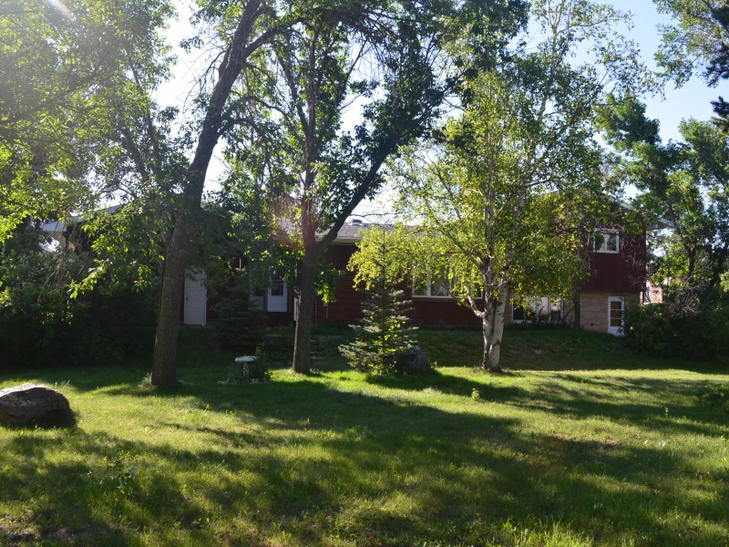 614 West Pine Circle,Bottineau,North Dakota 58318,4 Bedrooms Bedrooms,3 BathroomsBathrooms,Residental,West Pine Circle,1363