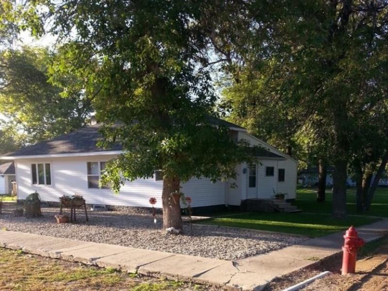 205 Minnesota Street,Souris,North Dakota 58783,2 Bedrooms Bedrooms,2 BathroomsBathrooms,Residental,Minnesota Street,1367