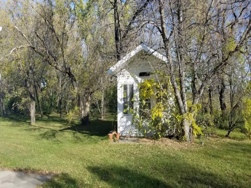 5th Street East 509,Bottineau,North Dakota 58318,4 Bedrooms Bedrooms,1 BathroomBathrooms,Residental,509,1378