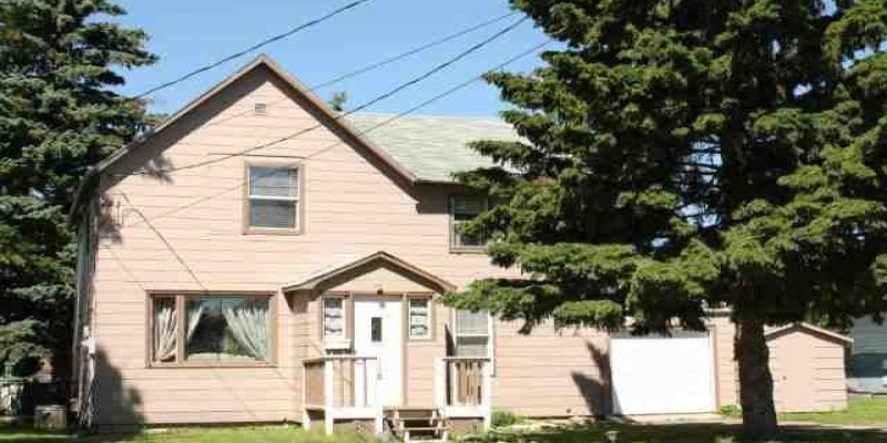 118 Alexander Street,Bottineau,North Dakota 58318,4 Bedrooms Bedrooms,2 BathroomsBathrooms,Residental,Alexander Street,1381