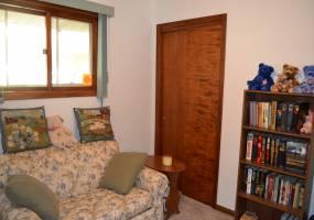 5 Bedrooms, Residential, For Sale, 2.5 Bathrooms, Listing ID 1076, Bottineau, North Dakota, United States,